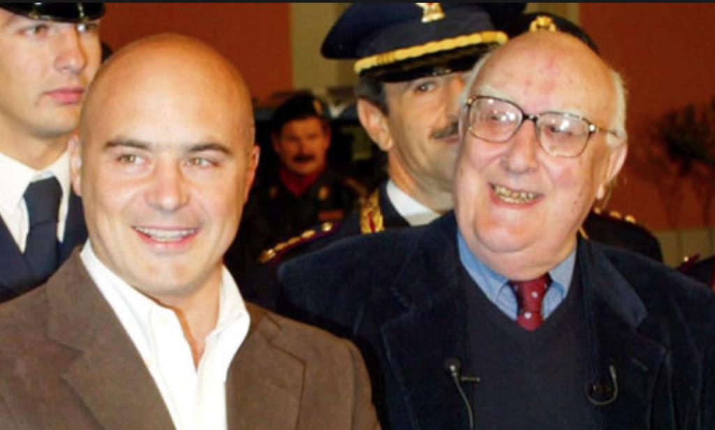 Lo scrittore Andrea Camilleri ricoverato: le condizioni della celebre penna che si cela dietro le avventure del Commissario Montalbano