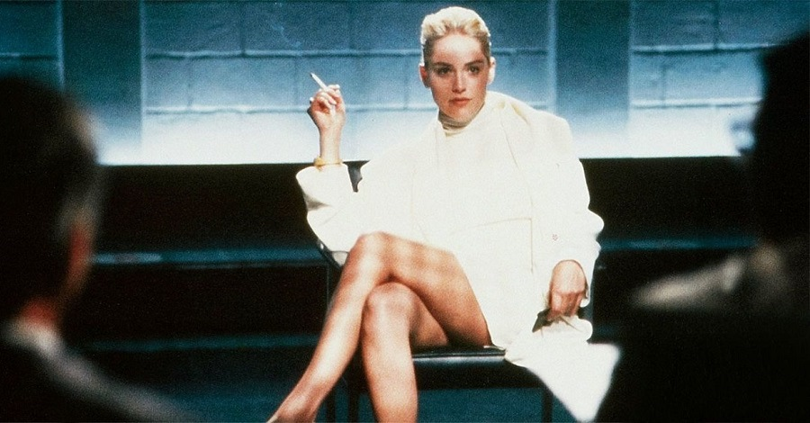 Sharon Stone in una scena del film Basic Instinct