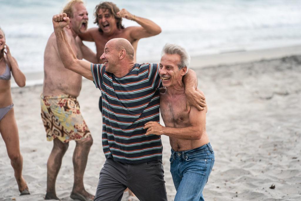Aldo e Giovanni in una scena del film Odio l'estate