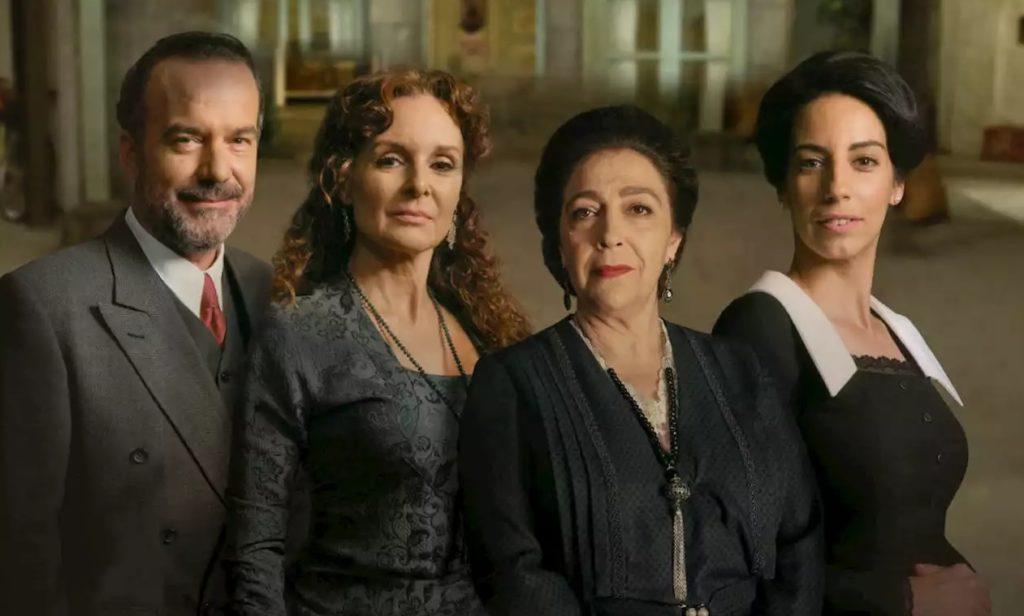 Quattro protagonista della soap Il Segreto