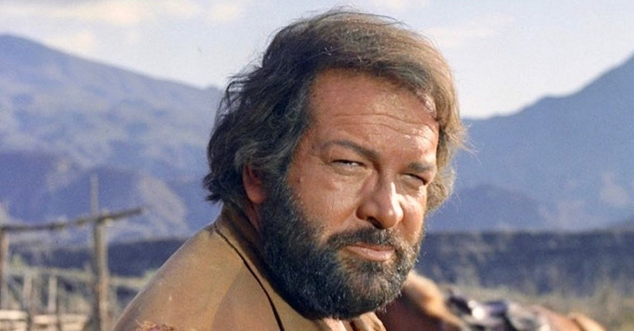 Bud Spencer in una scena del film Trinità