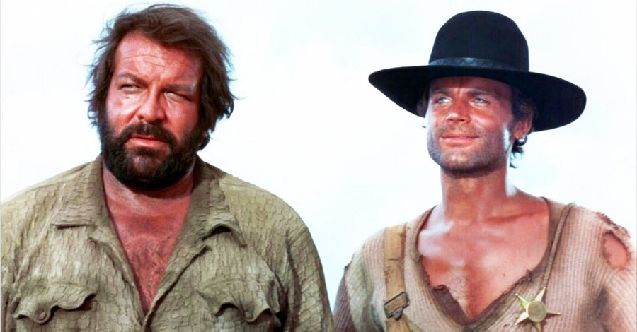 Bud Spencer e Terence Hill in una scena del film Lo chiamavano Trinità