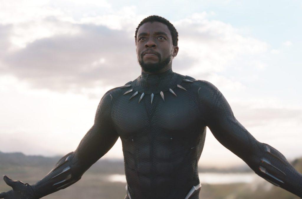 Chadwick Boseman in una scena di Black Panther