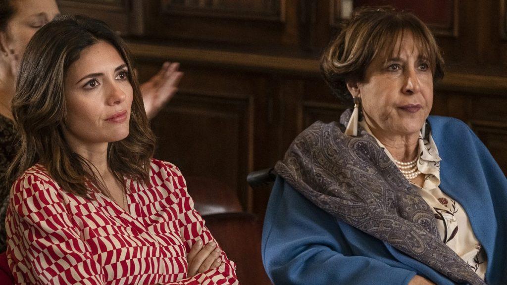 Serena Rossi e Marina Confalone in una scena della fiction Mina Settembre