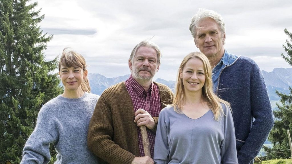 Il cast di La casa tra le montagne
